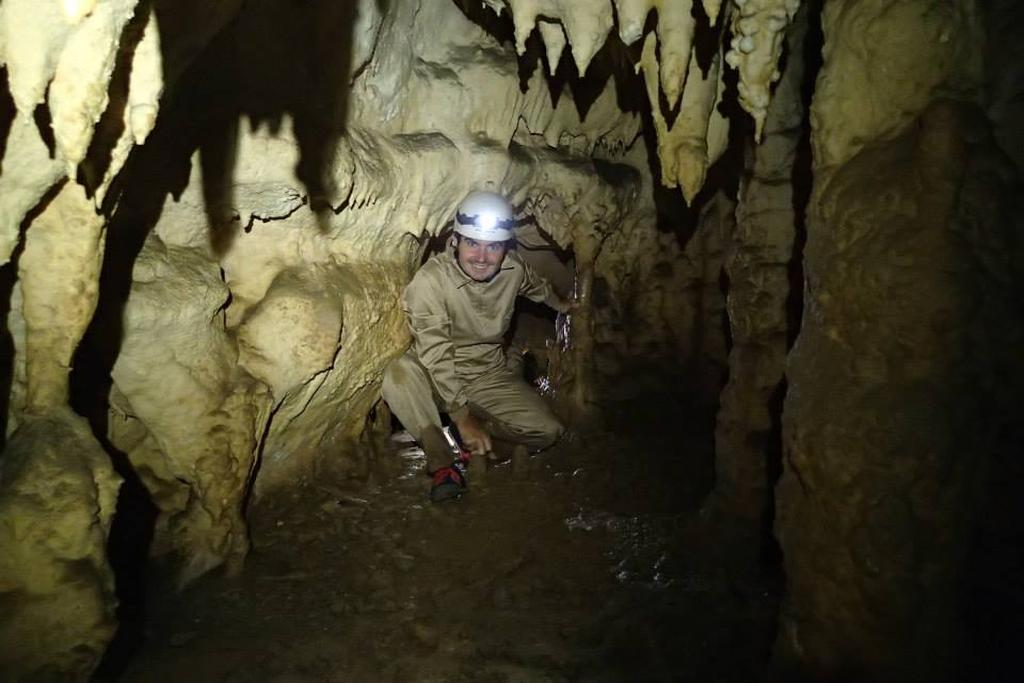 Espeleología: Cueva de la Huelga